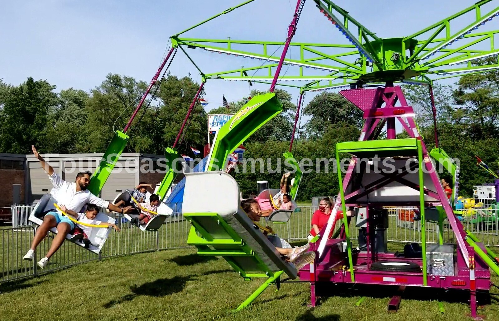 Ballistic Chair Swing Ride