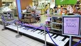 "The ""BIG"" Dancing Piano"